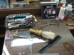 Dalton\'s barberin implements